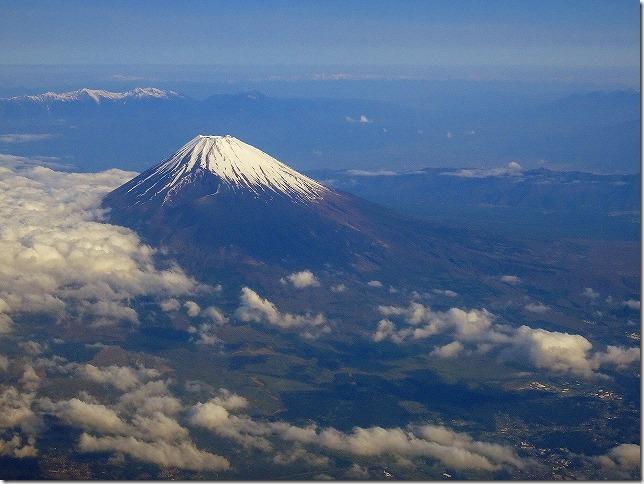 飛行機から富士山